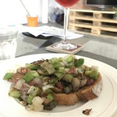 Prei, spek en champignons